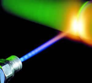 تحقیق درباره لیزر و کاربرد آن درصنعت